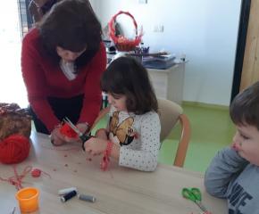 Баба Марта зарадва децата в с. Ж. Войвода