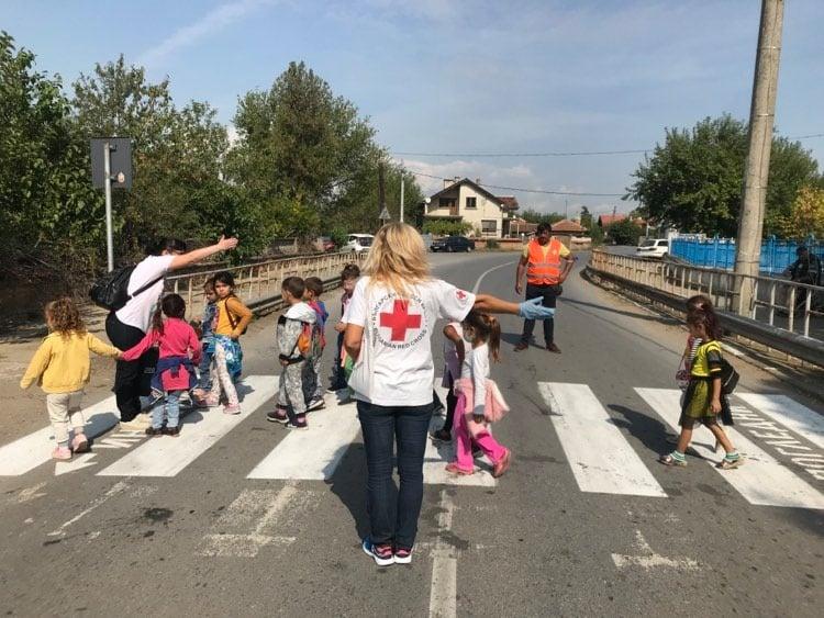 Във връзка с приоритетните задачи, стоящи пред нашето общество за намаляване на жертвите и пострадалите от пътнотранспортни произшествия, Ямболската червенокръстка...