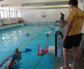 БЧК - Ямбол успешно стартира лятно училище по плуване на 5 юли