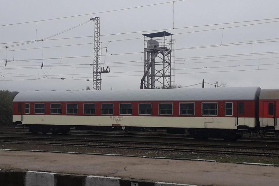 От днес до 29 февруари ще бъдат въведени временни промени в движението на два бързи и четири пътнически влака, които преминават в участъка отПодбалканската...