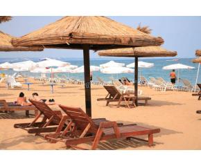 Без концесионна такса за плажовете срещу безплатни чадъри, предлагат от БХРА