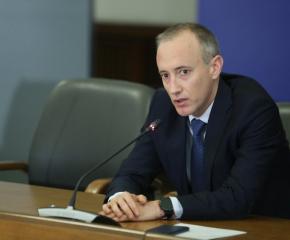 Без Вапцаров, Талев и Димитър Димов на матурите за зрелостници