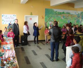 """Благотворителен базар """"Помогни на дете в нужда"""" се проведе в ОУ """"Йордан Йовков"""""""