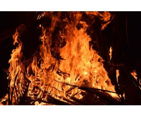 Близо 10 000 декара гори и посеви са спасени при пожари в Сливен