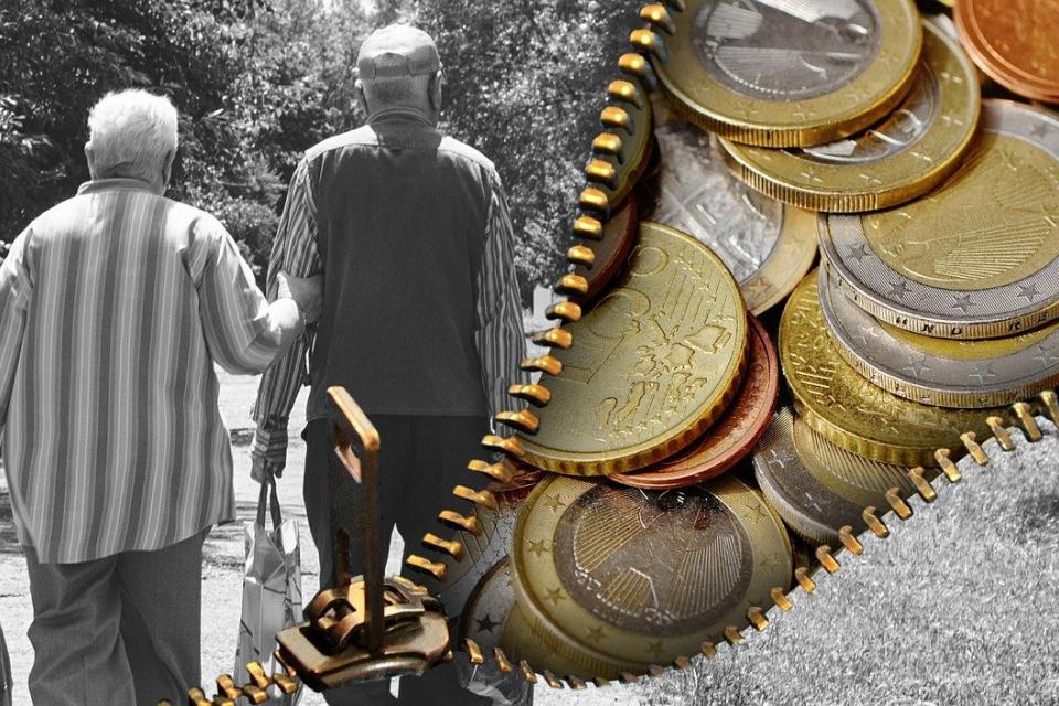 909 души от област Ямбол преживяват със социална пенсия, сочи справка на 999 в регистрите на Националния осигурителен институт към месец септември 2020...