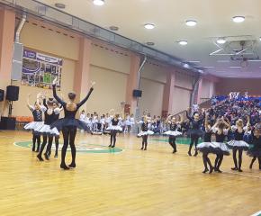 """Близо 8 хиляди лева бяха събрани от благотворителния концерт """"Надежда за Димитър"""""""