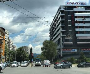 Блъснаха пешеходка на кръстовище в Сливен