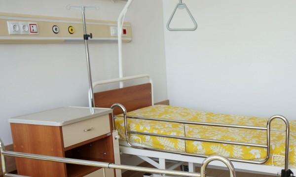Лечебните заведения, в които в момента има ограничена дейност заради кризата с Covid-19, ще получат 85 % от очакваните постъпления, обяви от парламентарната...
