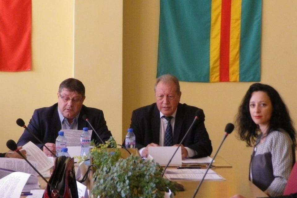Стратегия за управление на общинската собственост за периода до 2023 г. беше утвърдена от Общински съвет-Болярово. Към ноември 2019 г. в община Болярово...