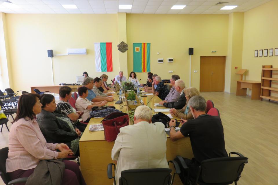 Мария Маринова ще изпълнява длъжността кмет на община Болярово до провеждането на изборите. В петък на последна оперативка за мандата си с кметовете и...