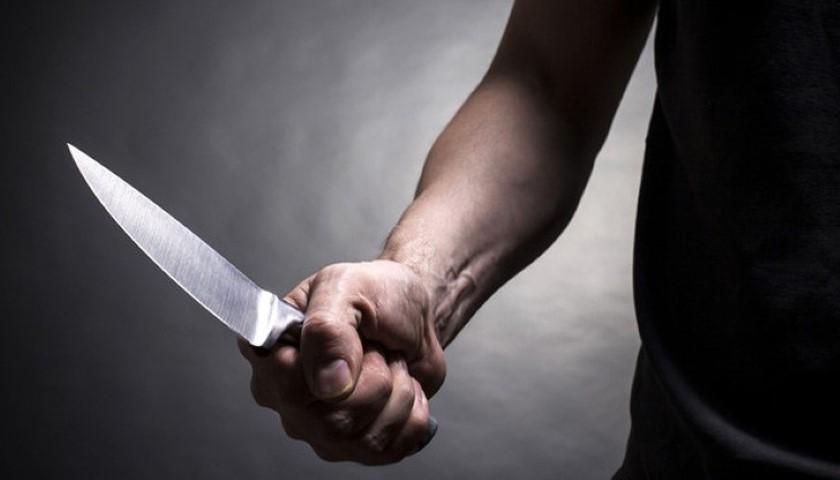 Брутално убийство е било извършено през нощта на 6 срещу 7 май в дуловското село Скала. 51-годишна жена, която живеела сама, е била нападната и намушкана...