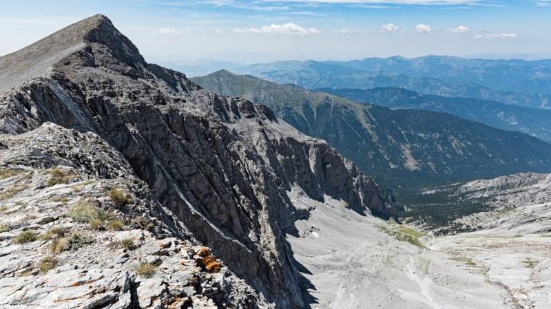Българин загина в планината Олимп, съобщиха от Гръцката спасителна служба, цитирани от БГНЕС. Катерачът починал в събота вследствие на тежки травми, получени...
