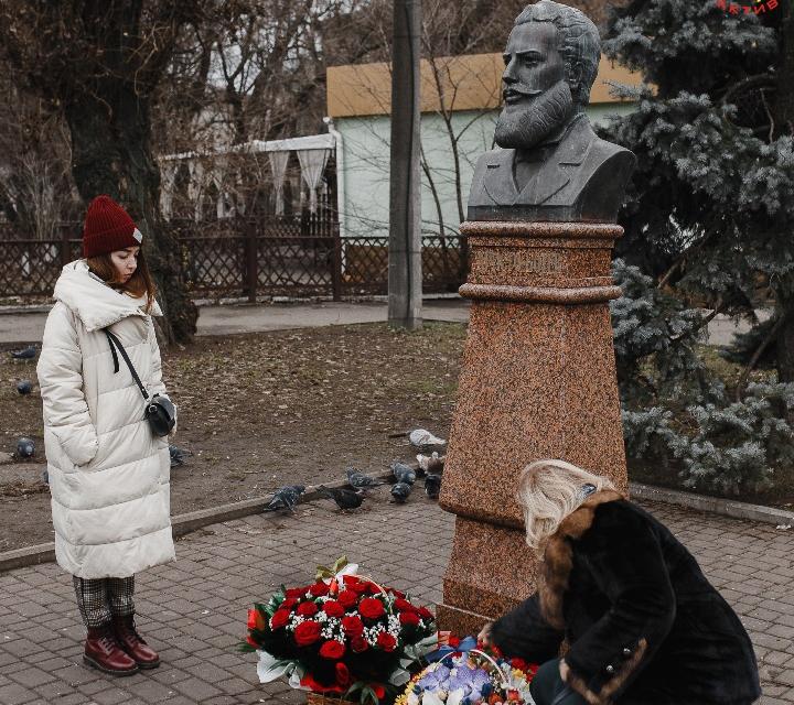 Днес се навършват 173 години от рождението на Христо Ботев. Празника ще отбележат и в Одеса.Всеукраинската обществена организация «Конгрес на българите...