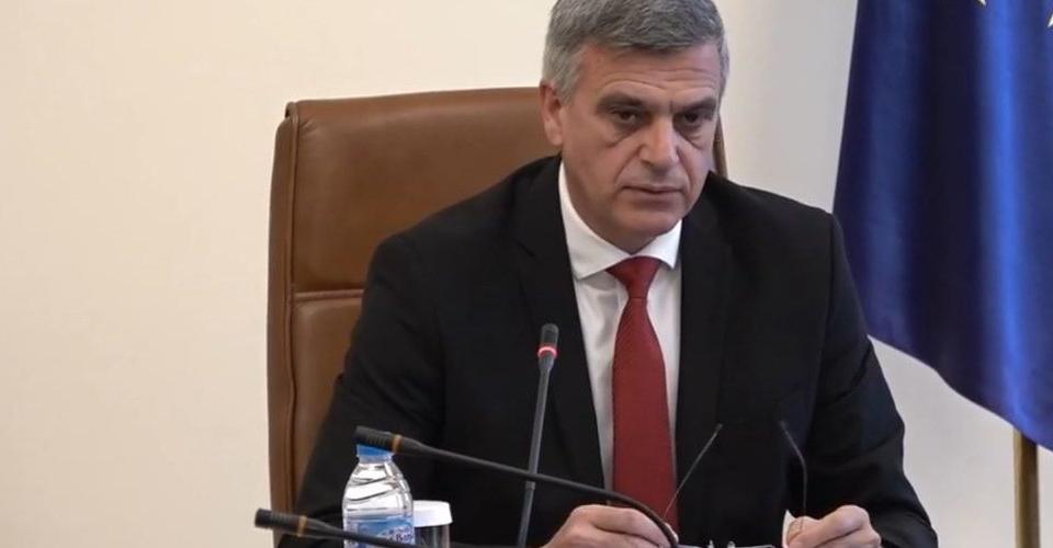 Служебното правителство реши България да приеме до 70 афганистанци. Премиерът Стефан Янев уточни, че това са граждани, които са работили в българското...
