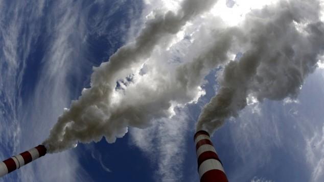 България е сред страните с най-голям спад на енергийните СО2 емисии спрямо базовата 1990 г.Последните данни на ЕК сочат, че спадът е -46%, тоест 52%.И...