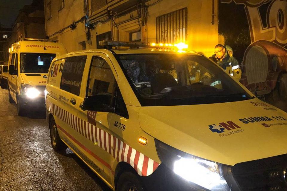 69-годишна българка е убита снощи в дома си в Мадрид. Тя е намушкана от 30-годишния си внук, съобщи Ел Паис. Първоначално от полицията съобщиха, че извършител...