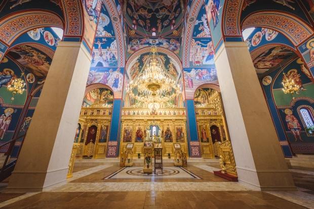На 14 февруари отбелязваме църковния празник Успение на Св. Кирил Славянобългарски. Чества се и на 11 май заедно със св. Методий. Според известното кратко...