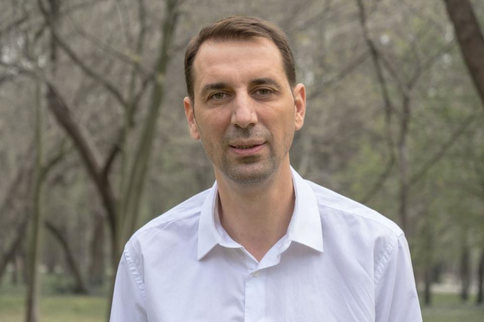 Днес своя рожден ден отбелязва кметът на община Ямбол Валентин Ревански. По този повод екипът на Радио и ТВ 999 отправя към него своите искрени пожелания...