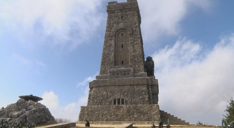 С официални чествания и тържества в цялата страна българите ще отбележат Националния празник - 3 март. Основните празненства ще бъдат в столицата, а чествания...