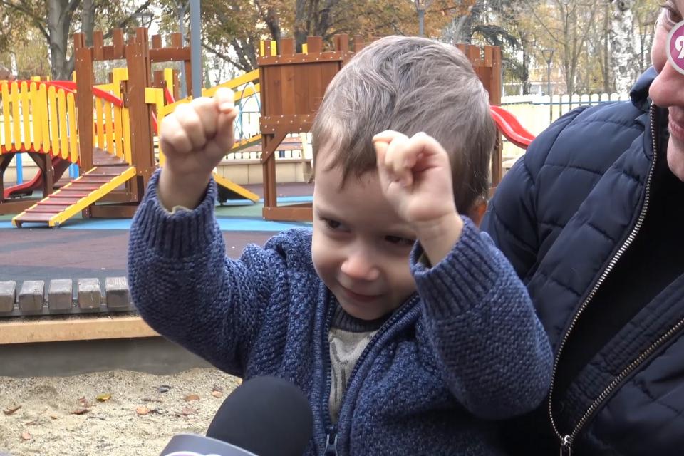 В тази история ще ви разкажем за един малък герой.  Виктор е на 3 години и се бори за нормален живот. Мечтае да бъде като всички деца и да ходи на детската...