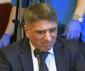 Данаил Кирилов се отказа от поста министър