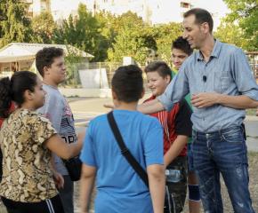 В Деня на българската община: Заплатата на кмета за талантите на Ямбол или в помощ на нуждаещите се деца и ученици!