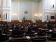 Депутатите обсъждат задължителната подготовка за 4-годишните