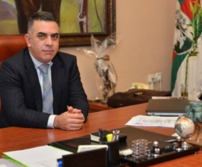 Десетки поздравителни адреси по повод преизбирането на Стефан Радев за кмет на община Сливен