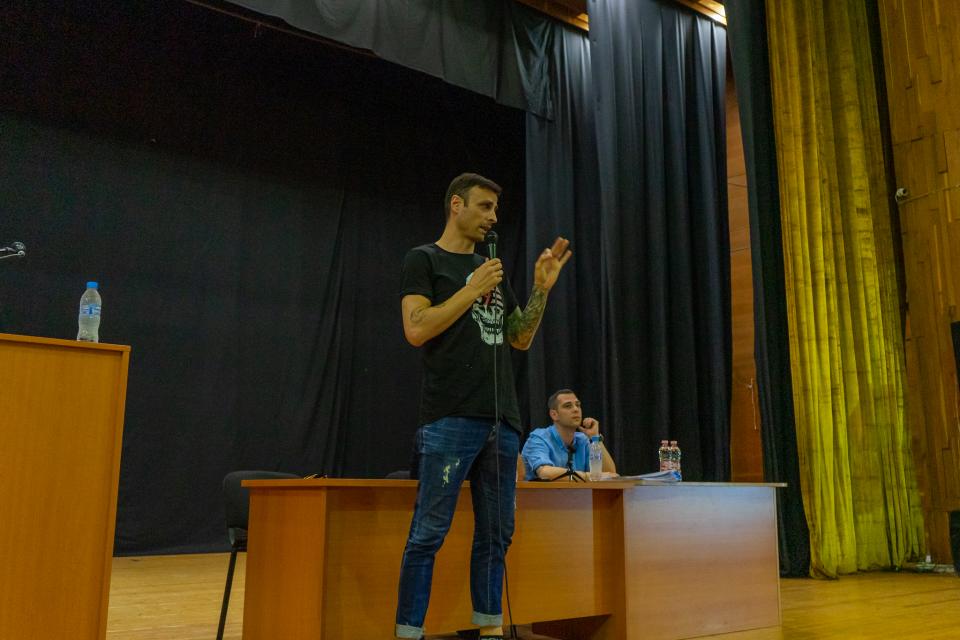 Кандидатът за президент на Българския футболен съюз Димитър Бербатов посети Ямбол за пръв път, за да се срещне с представители на футболните клубове от...