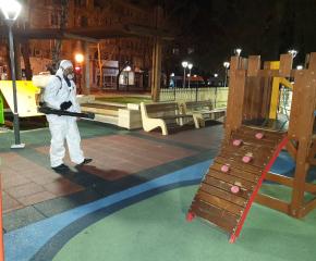 Днес детските площадки в Ямбол ще бъдат третирани против бълхи и кърлежи