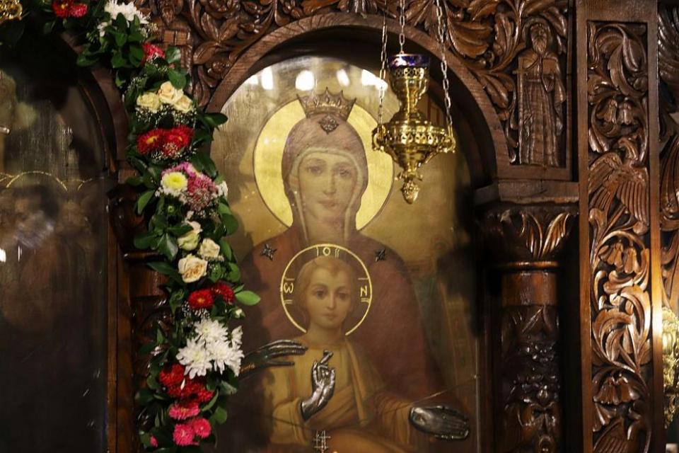 Църковният празникУспение на Пресвета Богородица (Успение БогородичноилиГоляма Богородица),който еедин от 12-те големи християнски празници, се чества...