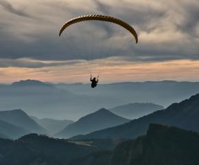 Днес и утре се отбелязва Празникът на българските парашутисти
