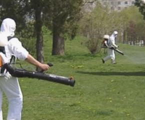 От днес започва дезакаризацията на тревни площи в община Сливен