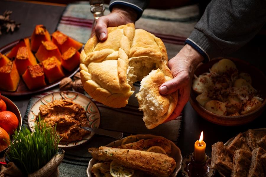 Най-важният пост - Великият или Великденският, започва от днес - седем седмици преди Великден. През тази година Възкресение Христово или Великден за православните...
