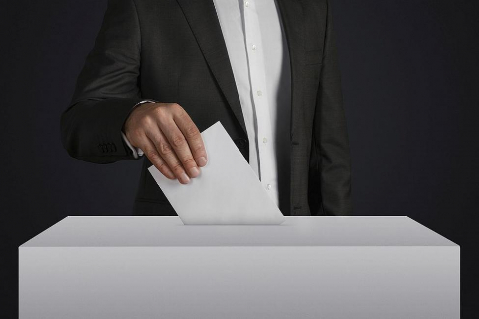 Президентът Румен Радев не вижда готовност за изборите, затова продължава консултациите. До края на януари ще издаде указ за датата.Президентът говори...