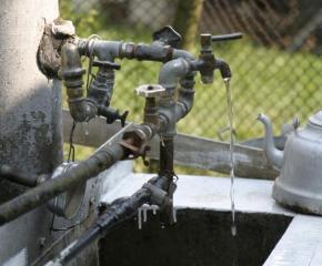 Домакинство в село Атолово се присъедини незаконно към водопреносната мрежа