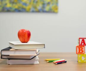 Допълнителни 10 дни годишен отпуск ще получат учителите, прекарали COVID-19