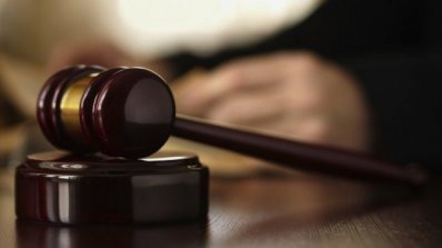 """Тричленен състав на Бургаския апелативен съд измени 20-годишна ефективна присъда на ОС – Ямбол и увеличи наказанието на """"доживотен затвор"""" за Мишо В. от..."""