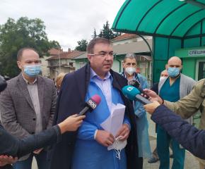 Двама от пострадалите при катастрофата край Лесово ще бъдат транспортирани към Пирогов