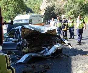 Двама загинаха при тежка катастрофа в района на Кресненското дефиле