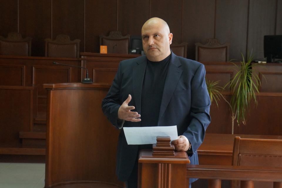 Досегашният председател на Окръжен съд Ямбол Васил Петков отново е кандидат за поста. Конкурсът беше обявен, заради зтичането на мандата. Петков е единствен...