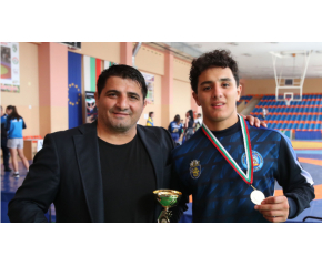 Едмонд Назарян спечели купата за най-техничен състезател в Сливен