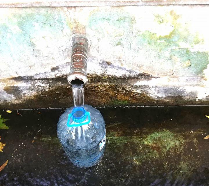 """13 от общо 44 села в община Тунджа днес са без вода, заради аварии, съобщават от """"ВиК""""-Ямбол. До отстраняване на проблема без водоподаване ще са селата..."""