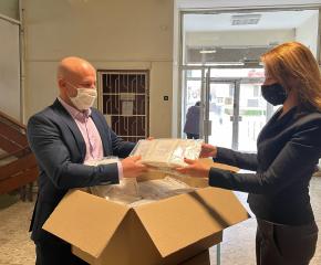 """""""Едуардо Миролио"""" ЕАД дари голямо количество маски на гражданите на Ямбол"""
