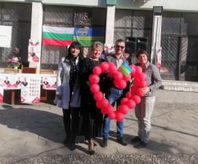 Емоционално посрещане на Георги Георгиев в село Козарево