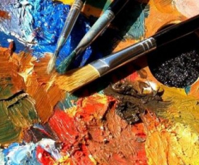 Есенната изложба на ямболските художници събра поети, музиканти и актьори