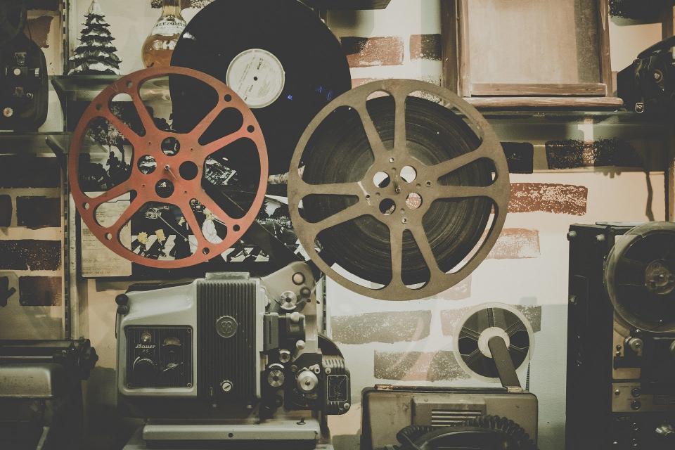 """От днес до 23 август, Поморие ще бъде домакин на Фестивала на българското кино. Първото издание на Фестивала ще бъде открито в 21.00 ч., в Лятно кино """"Яворов""""..."""