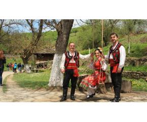 Гергьовден празнуват християни и мюсюлмани, българи, турци и роми