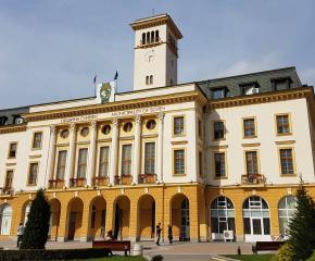 Гласуват актуализация на бюджета и промяна на две от общинските наредби в Сливен