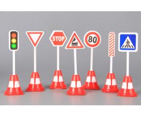 Голяма част от знаците по пътя не отговарят на изискванията